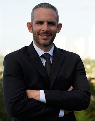 Dr. Esteban Garza